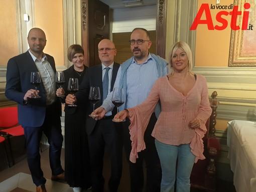 Il direttore Carbone, Flavia Fagotto, il presidente Barbero, il sindaco Rasero, l'assessore Bologna