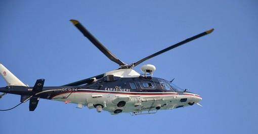Ancora in volo sulla città elicottero dei carabinieri, ma si tratterebbe di normali controlli