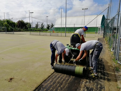 A Villanova iniziati i lavori su campo da calcetto e la trasformazione al campo di soccer e beach volley