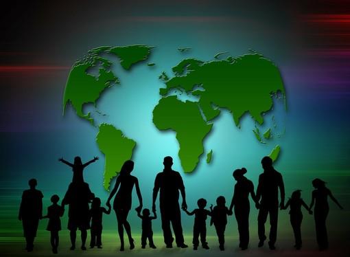 """Iniziamo a ricostruire insieme la nostra """"casa"""", salviamo insieme la vita e il pianeta che di ospita"""