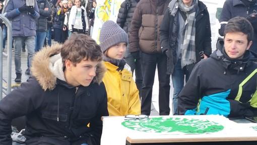 Anche i Fridays for Future di Asti in piazza a Torino con Greta (FOTO E VIDEO)
