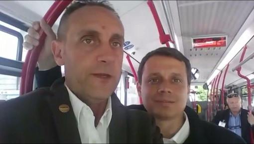 Massimo Cerruti e Marco Allegretti sui bus locali