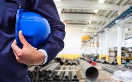 Lavoro: FIM/CISL - FIOM/CGIL - UILM/UIL hanno presentato ai lavoratori i contenuti dell'ipotesi di piattaforma per il rinnovo del CCNL Federmeccanica/Assistal