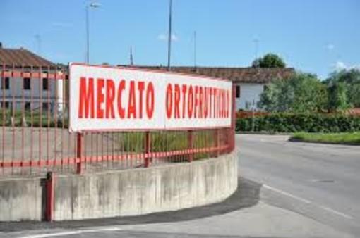Mercato ortofrutticolo Asti, dopo le lamentele dei produttori, interviene la minoranza