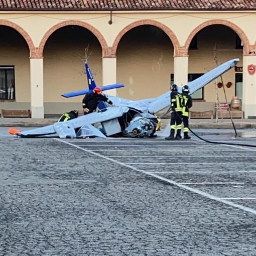 L'ultimo volo di Lino Frigo si è concluso nella piazza della sua Moncalvo. La tragedia ieri pomeriggio