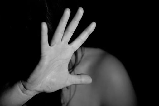 """""""La violenza non è un pacco regalo"""": il 25 novembre con il Coordinamento Donne Cgil Asti"""
