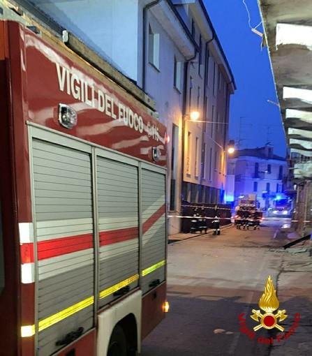 Crolla un'abitazione disabitata in pieno centro a Nizza Monferrato