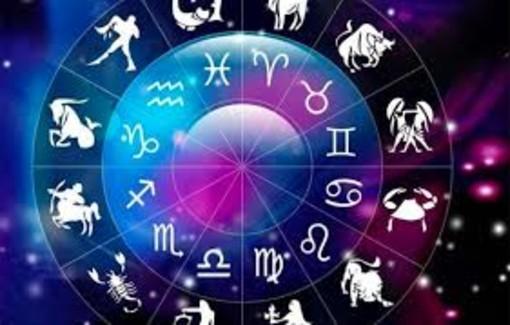 L'oroscopo di Corinne. Cosa dicono per noi le stelle?