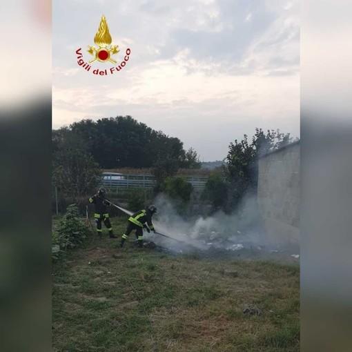 Disagi in tangenziale di Asti a causa di una densa colonna di fumo