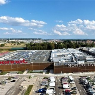 Prefabbricati Guerrini: Un Partner affidabile e di grande qualità per le strutture commerciali
