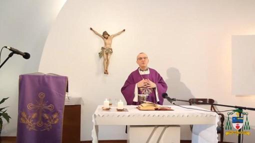 La messa domenicale del vescovo Marco Prastaro anche in diretta tv