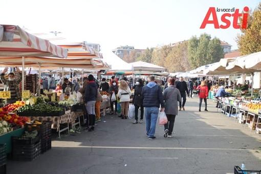 Da domani il mercato di Asti 'chiuderà' alle 19. Presenze domenicali confermate per il 13 e il 20 dicembre