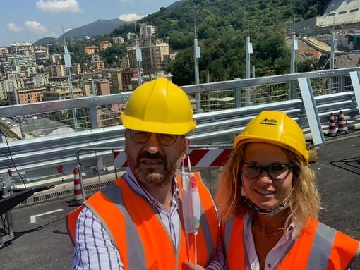 Il sindaco Rasero e l'assessore Morra a Genova, in visita al nuovo Ponte