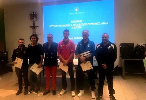 Il Delegato Walter Vercelli con le Società premiate per la Coppa Disciplina.