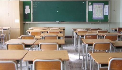 """""""Stop alle classi pollaio e no distinzioni tra studenti vaccinati e non"""": le condizioni per la ripresa di Priorità alla Scuola"""
