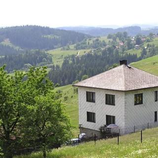 Scuole di montagna, la Regione rinnova i contributi per mantenere le aule aperte