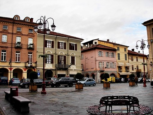 Piazza a San Damiano d'Asti