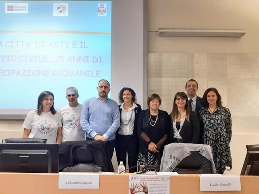 Mauro Bosia a destra ed Edoardo Cortese, volontari del servizio civile impegnati attualmente all'Israt