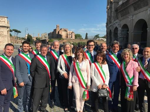 Il sindaco Balbo con i sindaci del Piemonte