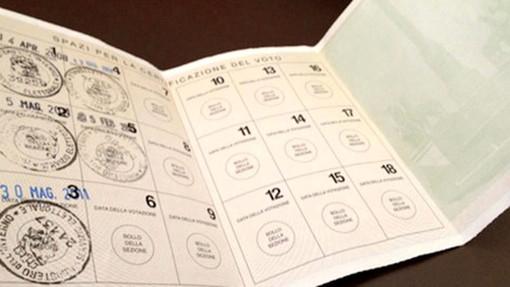 Consegna tessere elettorali e scrutatori per il referendum del 29 marzo