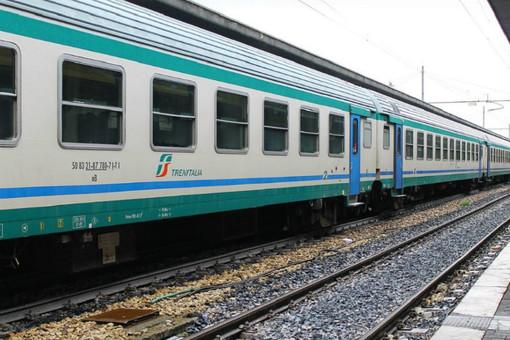 Minaccia di togliersi la vita a Porta Nuova: traffico ferroviario rallentato