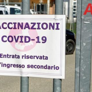 Il centro vaccinale di via Scotti