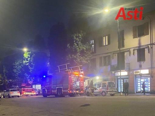 Code in corso Savona ad Asti per principio di incendio in una pizzeria