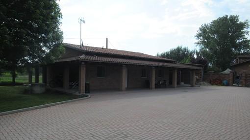 Villa di pregio a Trincere, sequestrata dai carabinieri. Era proprietà di un pregiudicato astigiano